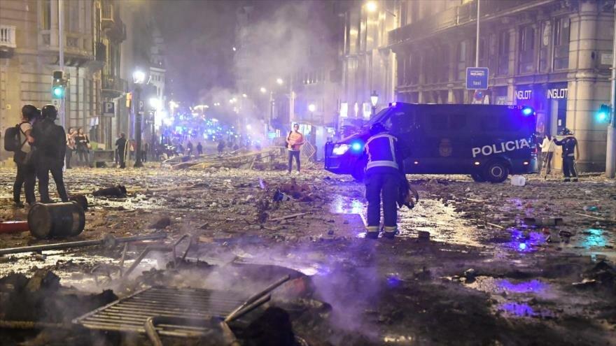 Día de Arbaín. Caos y fuego en Barcelona. Narcoestado en Honduras