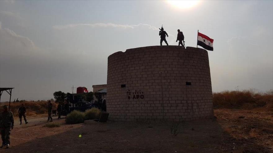 Ejército sirio retoma el control del castillo de Yalda, anterior base de EE.UU. en Al-Hasaka (noreste), 19 de octubre de 2019. (Foto: SANA)