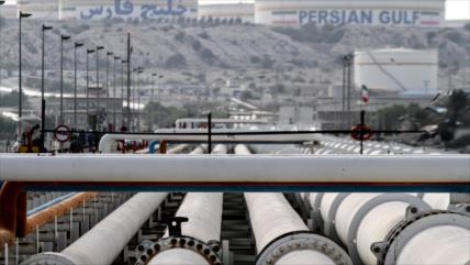 Irán sigue con explotaciones de petróleo pese a sanciones de EEUU