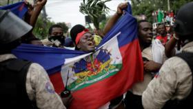 "Haitianos protestan para exigir renuncia del ""incompetente"" Moise"