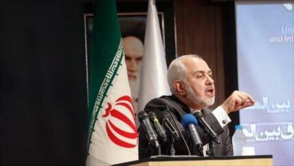 Irán celebra que 'muchos países' se distancien del dólar de EEUU