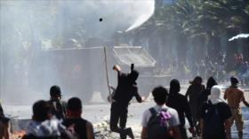 Continúan en Chile los choques entre manifestantes y policías