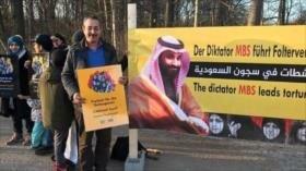 Príncipe fugitivo participa en protesta contra Al Saud en Berlín