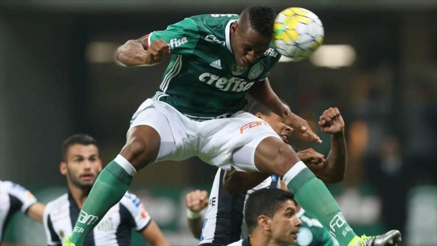 Un gol de cabeza de Yerry Mina ante el Jorge Wilstermann de Bolivia.