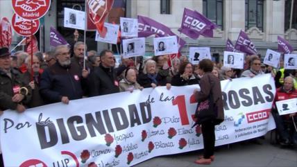 Sindicatos españoles conmemoran a las 13 Rosas tras ataques de Vox