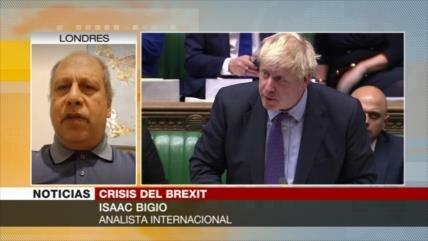 Bigio: Johnson quiere que el Parlamento vote el Brexit sin leerlo