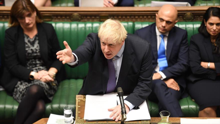 Parlamento británico rechaza el Brexit de urgencia de Johnson