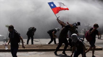 Organizaciones sociales convocan una 'huelga general' en Chile