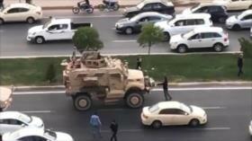 Vídeos: Civiles iraquíes bloquean el paso de las tropas de EEUU