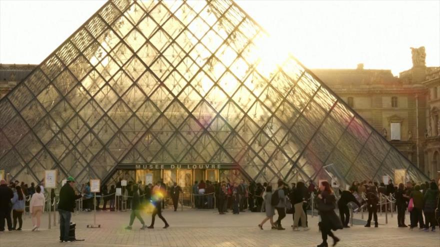 Museo de Louvre inaugura la mayor colección mundial de Da Vinci