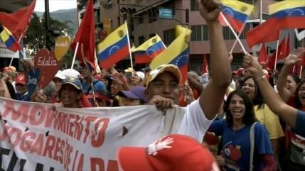 Venezolanos marchan en solidaridad con Evo Morales