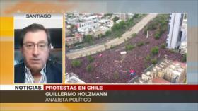 Holzmann: Chilenos exigen fin de corrupción de Gobierno de Piñera