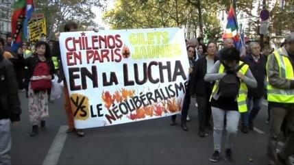 Chalecos amarillos protestan por 50.ª semana consecutiva en Francia