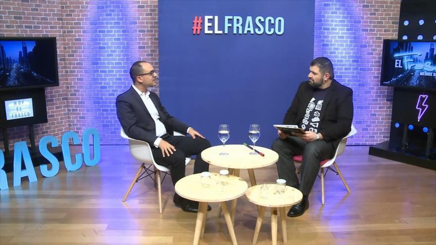 El Frasco, medios sin cura: Ey, neoliberalismo… ¡Pon tu mejor sonrisa!