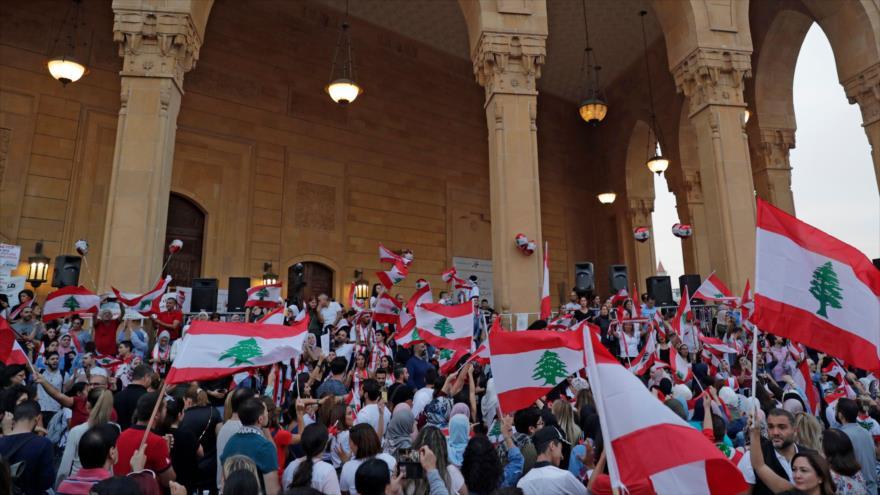 Riad incita las protestas en El Líbano con dinero y comida caliente   HISPANTV