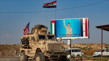 Rusia: EEUU permanece en Siria para robar su petróleo