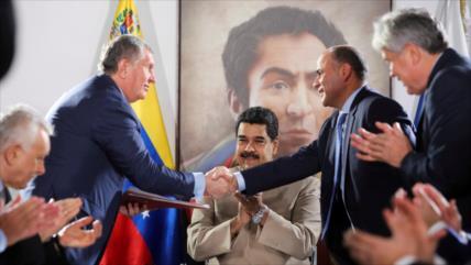Petrolera rusa Rosneft acusa a EEUU de 'hipocresía' sobre Venezuela