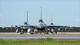 Taiwán desafía a China y aprueba compra de 66 cazas F-16 a EEUU