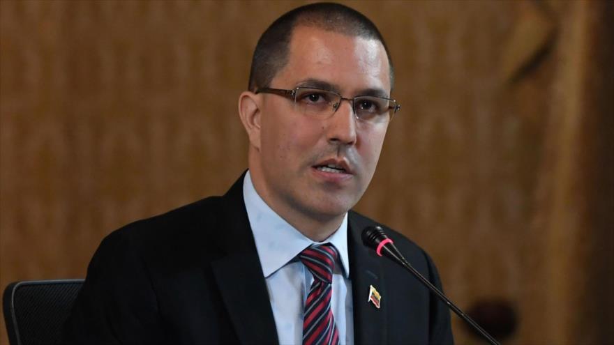 El canciller de Venezuela, Jorge Arreaza, habla durante una reunión en Caracas, 9 de septiembre de 2019. (Foto: AFP)