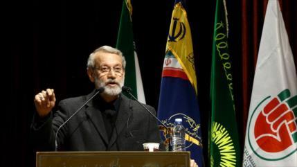 Irán: EEUU busca provocar caos en la región para saquear petróleo
