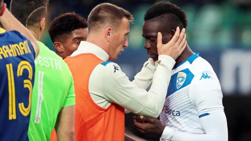 Futbolista responde cantos 'racistas' con un golazo para su equipo