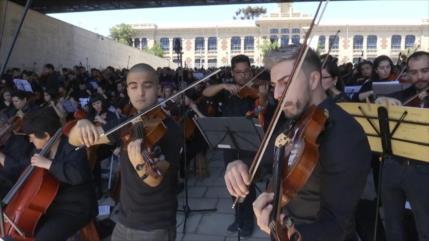Concierto clásico conmemora a víctimas de crisis social en Chile