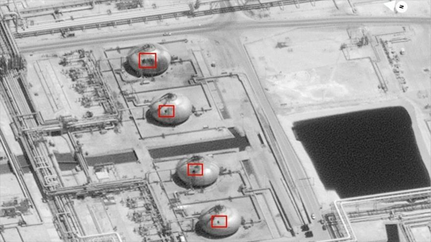 Una imagen satelital muestra los daños de los ataques con drones de Yemen a la petrolera saudí Aramco, 16 de septiembre de 2019. (Foto: AFP)