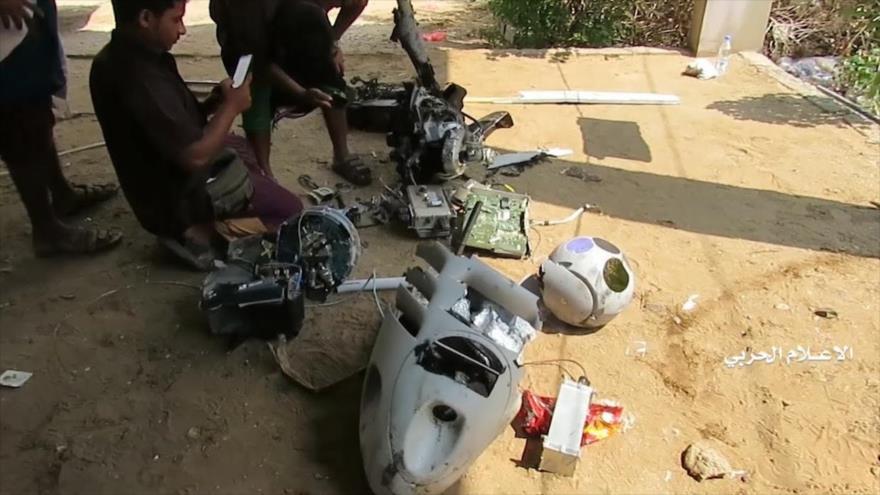Un dron espía saudí derribado por las fuerzas yemeníes en la provincia de Al-Hudayda, 2 de noviembre de 2019. (Foto: Yemen Wrath)