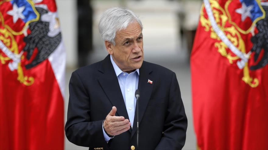 El presidente chileno, Sebastián Piñera, se dirige a la nación en Santiago, capital, 26 de octubre de 2019. (Foto: AFP)