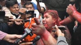 Vídeo: Opositores agreden a una alcaldesa oficialista en Bolivia