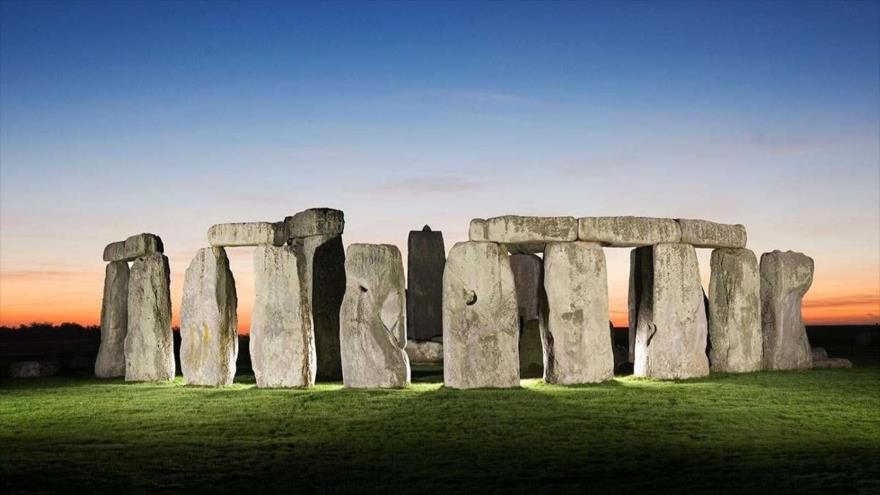 Arqueólogos descubren la cuna de Stonehenge en el Reino Unido   HISPANTV