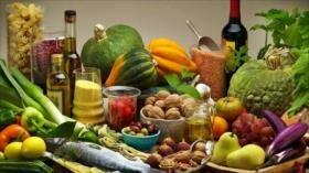 Dieta mediterránea baja en calorías adelgaza y protege el corazón
