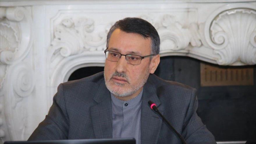 El embajador de Irán en el Reino Unido, Hamid Baidineyad.