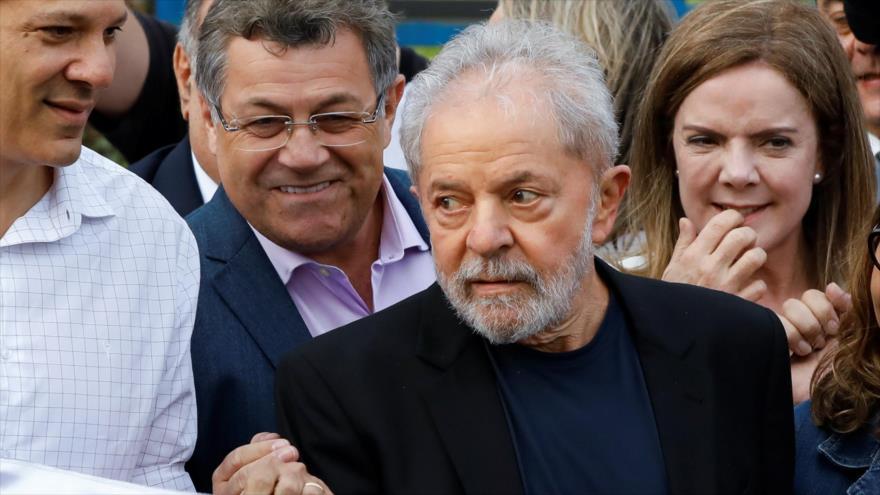 Lula da Silva sale libre de la cárcel tras 19 meses | HISPANTV