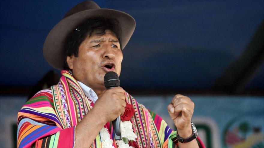 Morales denuncia el racismo y la violencia de la oposición