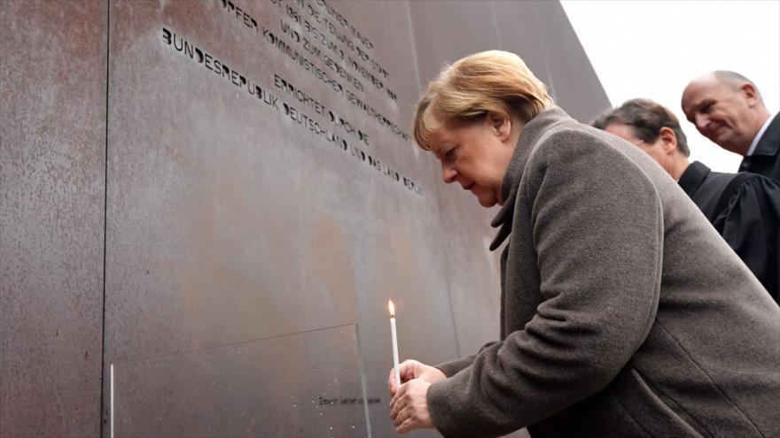 Merkel pide a Europa mayor defensa de la democracia y la libertad