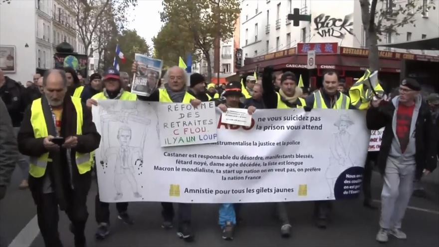Chalecos amarillos franceses protestan por 52 semana consecutiva