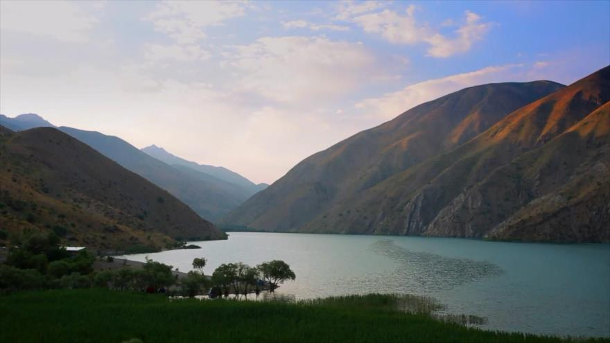Irán: 1- El lago Gahar y el cañón de Lili en Dorud 2- Artesanías de la provincia de Kohkiluye y Boyer-Ahmad