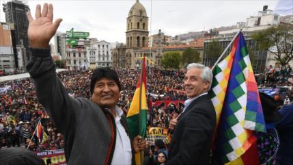 """Evo Morales promete """"seguir la lucha"""" tras renunciar a su cargo"""