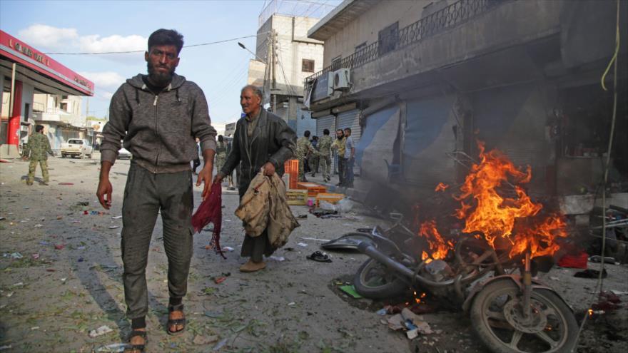Explosión de un coche bomba en la ciudad de Tal Abyad, en el norte de Siria, 2 de noviembre de 2019. (Foto: AFP)