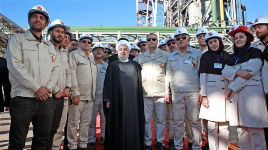 Irán incrementa producción de acero abriendo una nueva fábrica | HISPANTV