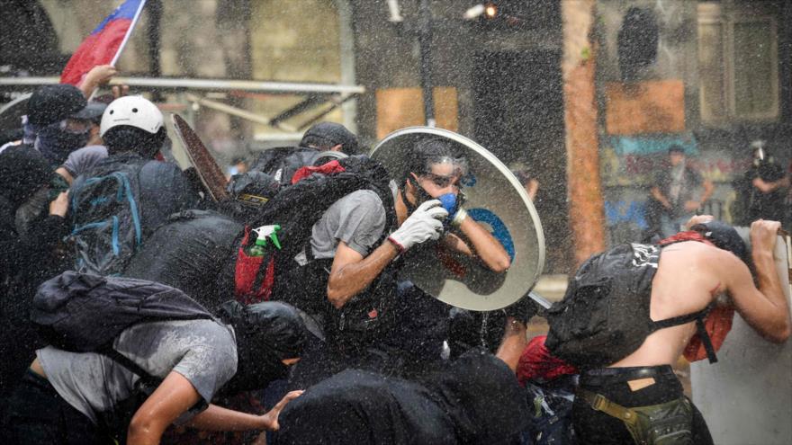 Protestas no paran en Chile; piden cambio completo de Constitución