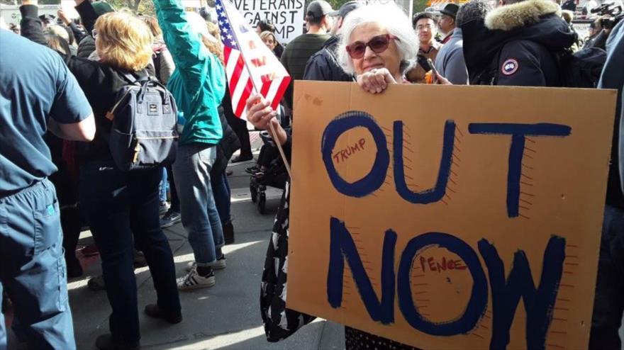 """""""Encarcélenlo"""": Así gritan en protesta contra Trump en Nueva York"""