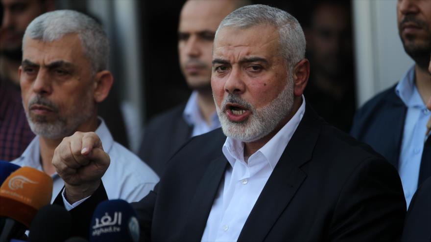 El líder del Movimiento de Resistencia Islámica de Palestina (HAMAS), Ismail Haniya, habla con la prensa en la Franja de Gaza, 19 de septiembre de 2017.