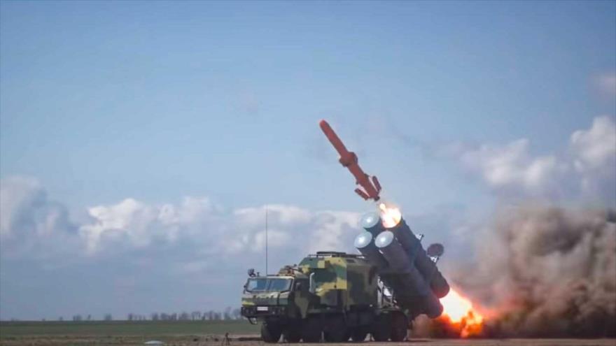 """Vídeo: Ucrania exhibe el misil """"destructor"""" del puente de Crimea"""