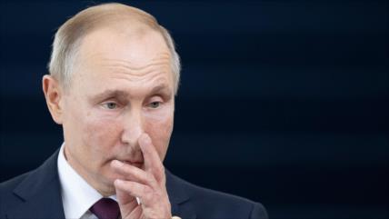 Putin alerta de caos y semeja vacío de poder en Bolivia con Libia
