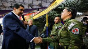 """Maduro llama a máxima alerta ante planes """"terroristas"""" de Colombia"""