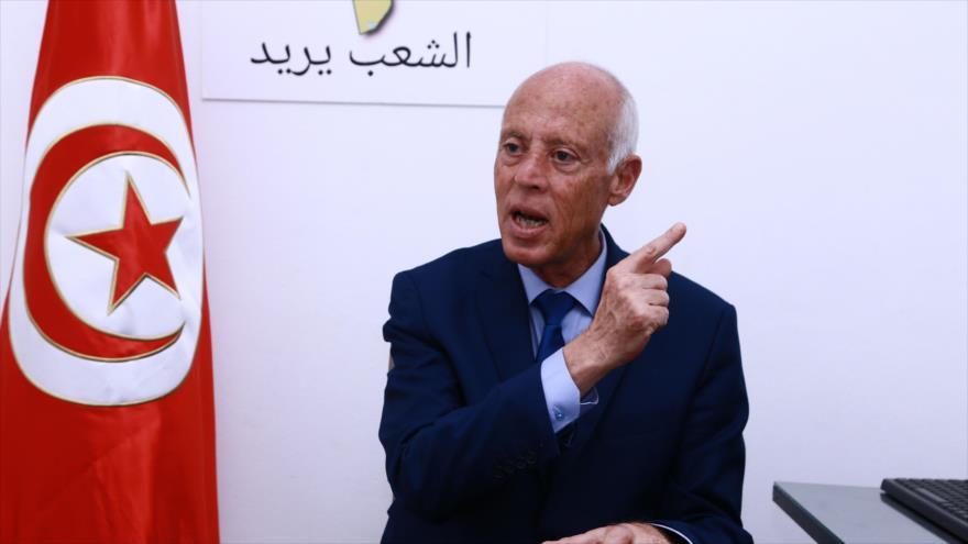 El presidente tunecino, Kais Said, habla a la prensa en la capital de Túnez, 16 de septiembre de 2019. (Foto: AFP)