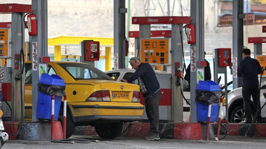 Una gasolinera en Teherán (capital de Irán), 24 de abril de 2019. (Foto: AFP)