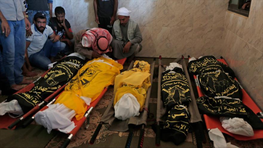 Miembros de una familia que perdieron la vida por un ataque israelí en la Franja de Gaza, 14 de noviembre de 2019. (Foto: AFP)